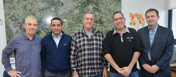 ראשי ערים התומכים במאבק נגד שדה תעופה משלים ברמת דוד