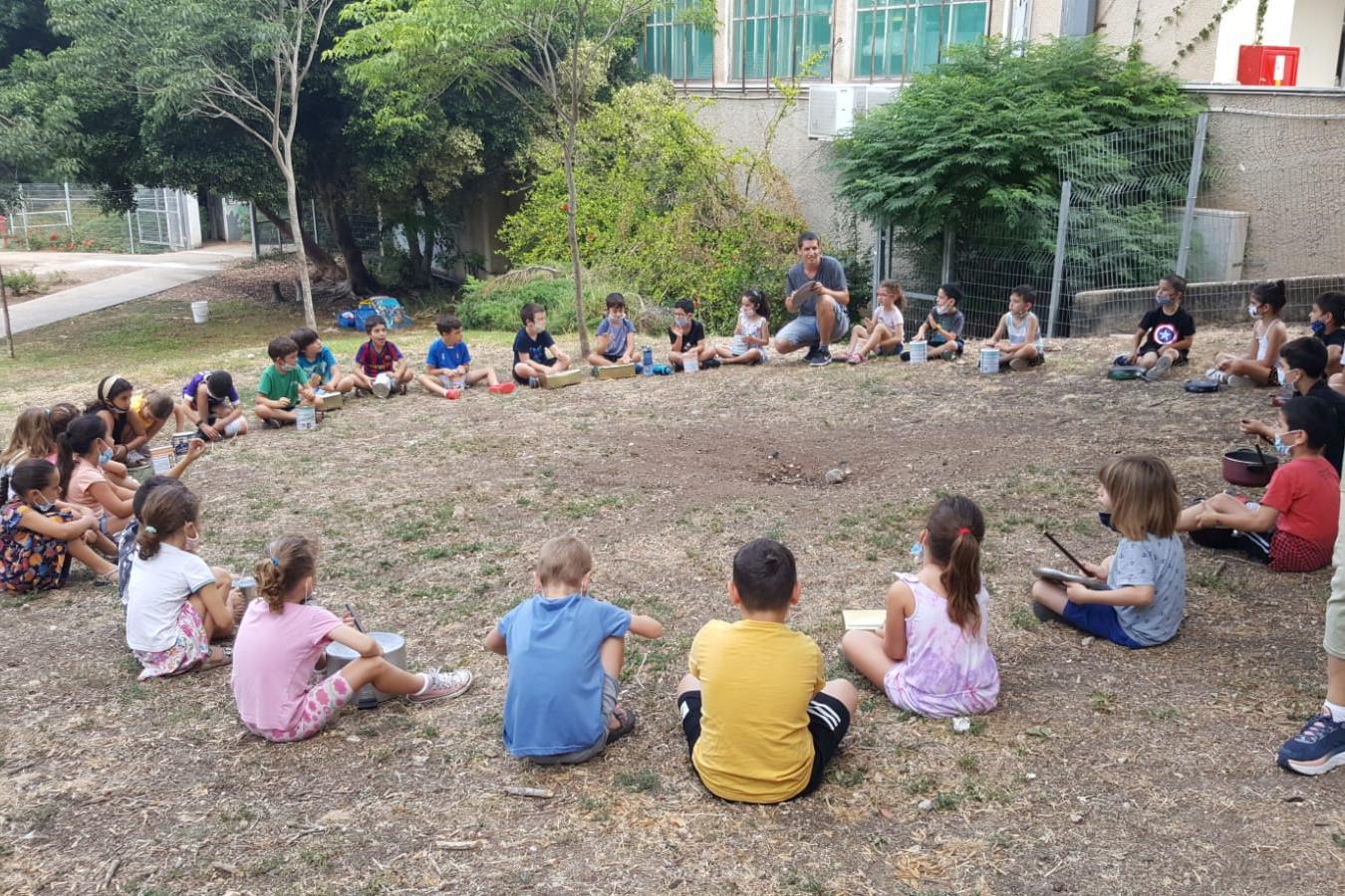 בית הספר של החופש הגדול בבתי הספר ובגני הילדים בעמק