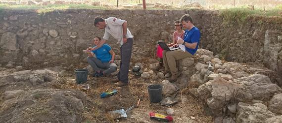 חידוש החפירות בתל שמרון