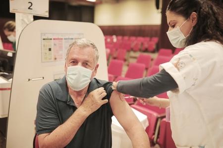 מתחסנים יחד - יום חיסונים מרוכז לוותיקי עמק יזרעאל