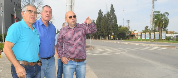 המהנדס הראשי של נתיבי ישראל, קובי ברטוב, סייר עם ראש המועצה בכבישי העמק לקידום פתרונות תחבורתיים בוערים