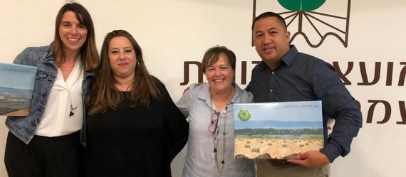 פרויקט הקמת 'מרכז המורים' העמק יזרעאלי הושק בביקור מורים מקליפורניה