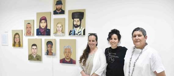 """נפתחו תערוכות בוגרי מגמות האמנות ב'ויצ""""ו נהלל' וב'עמקים תבור'"""