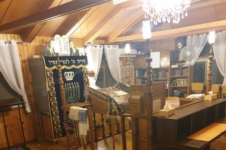 אור דולק בבתי הכנסת בעמק יזרעאל