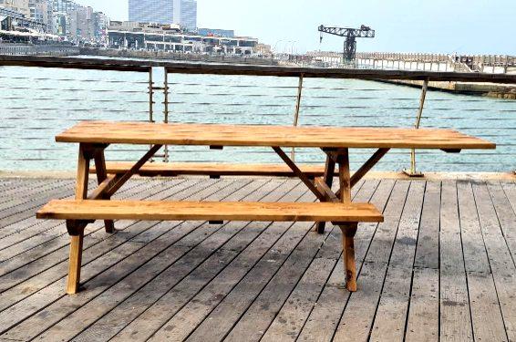 שולחן נגיש בנמל תל אביב